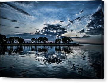 Serene Summer Water And Clouds Canvas Print by Sven Brogren