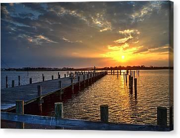Setting Sun Over Pier, Seaside Heights Nj Canvas Print by Bob Cuthbert