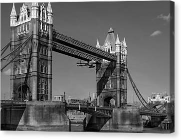 Seven Seconds - The Tower Bridge Hawker Hunter Incident Bw Versio Canvas Print by Gary Eason