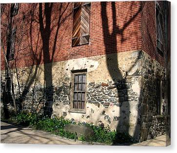 Canvas Print featuring the photograph Shadows On A Brandywine Wall by Don Struke