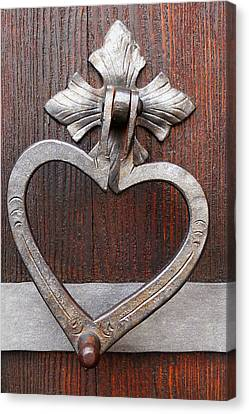 Canvas Print featuring the photograph Shape Of My Heart by Juergen Weiss