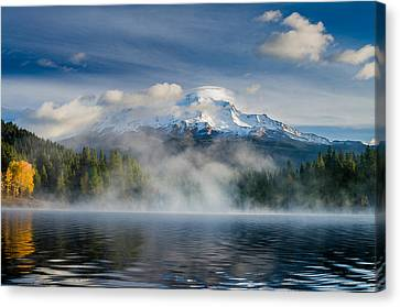 Shasta Mists And Morning 2 Canvas Print by Greg Nyquist