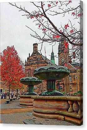 Sheffield Town Hall And Peace Gardens Canvas Print by Dorothy Berry-Lound