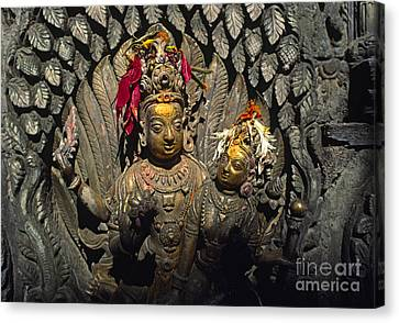Shiva And Parvati - Pattan Royal Palace Nepal Canvas Print