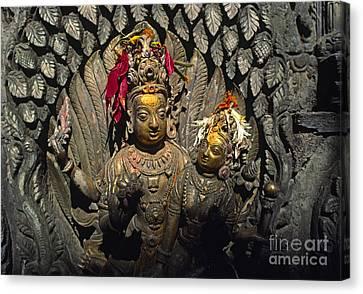Shiva And Parvati - Pattan Royal Palace Nepal Canvas Print by Craig Lovell