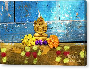 Shiva Blessings Canvas Print by Tim Gainey