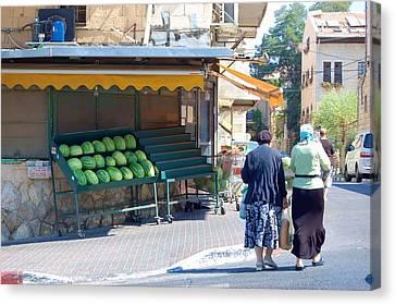 Shopping For Shabbat In Jerusalem Canvas Print by Susan Heller
