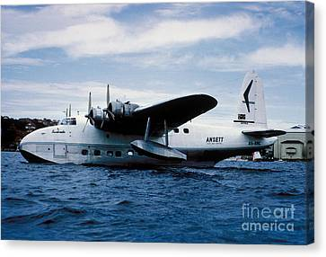 Short Sandringham Flying Boat Vh-brc Canvas Print by Wernher Krutein