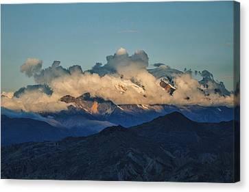 Canvas Print - Shroud by Skip Hunt
