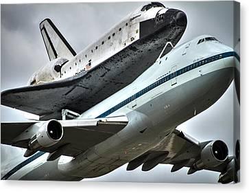 Shuttle Endeavour Canvas Print