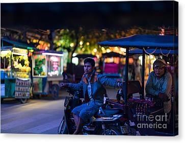 Siem Reap Night Tuk Tuk Driver Canvas Print by Mike Reid