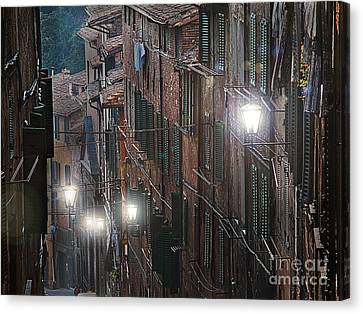 Siena Street Lamps Canvas Print