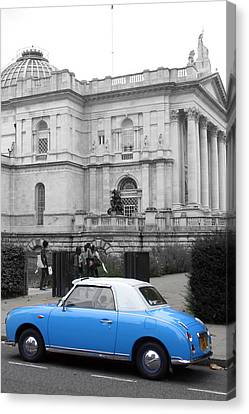 Sight Seeing Figaro Canvas Print by Jez C Self