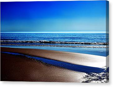 Silent Sylt Canvas Print by Hannes Cmarits