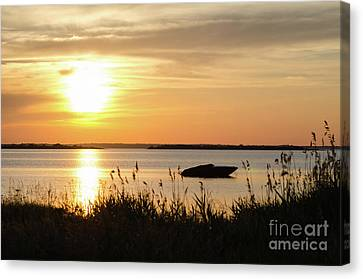 Canvas Print featuring the photograph Silhouette By Sunset by Kennerth and Birgitta Kullman