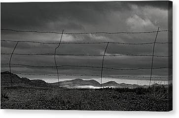 Canvas Print featuring the photograph Simple West by Al Swasey