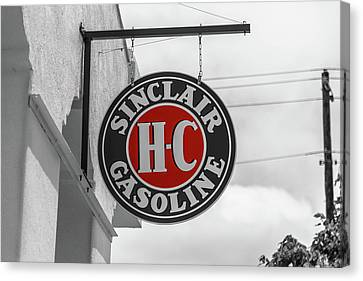 Sinclair Gasoline Round Sign In Selective Color Canvas Print
