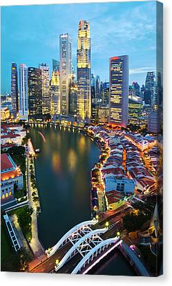 Canvas Print featuring the photograph Singapore River by Ng Hock How