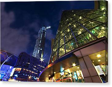 Canvas Print featuring the photograph Singapore Shopping Paradise by Ng Hock How