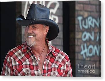 Singer And Actor Trace Adkins Canvas Print by Concert Photos