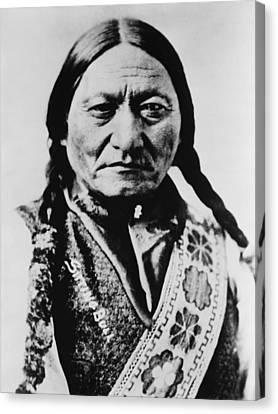 Sitting Bull 1831-1890 Lakota Sioux Canvas Print by Everett
