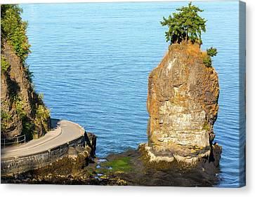 Siwash Rock By Stanley Park Seawall Canvas Print by David Gn
