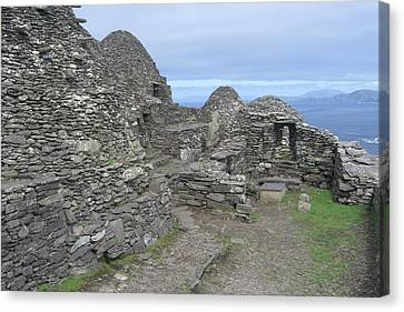 Skellig Michael Canvas Print by Amanda Kabat