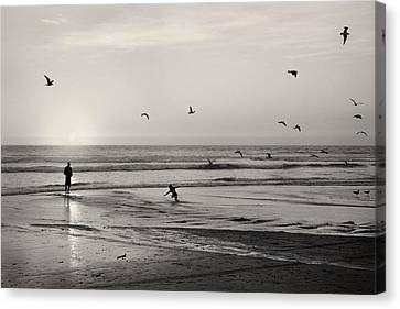 Skimboarding At Sunset - San Clemente - California Canvas Print