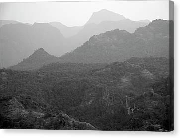 Skn 4443 Rolling Landscape Canvas Print