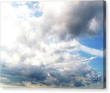 Canvas Print featuring the photograph Sky 1 by Rod Ismay