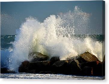 Sky High Splash - Cape Cod Bay Canvas Print