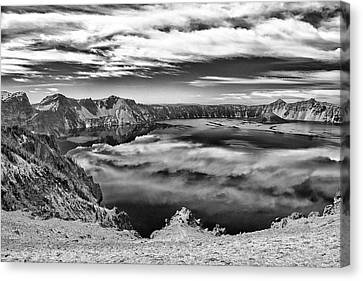 Sky Reflections In Crater Lake B W Canvas Print by Frank Wilson