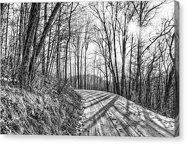 Canvas Print featuring the photograph Sleep Hallow Road by Dan Traun