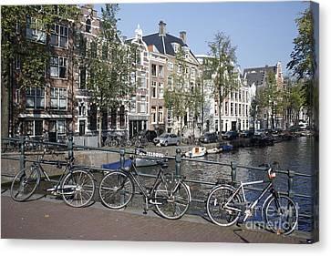 Sleutelbrug Amsterdam Canvas Print by Wilko Van de Kamp