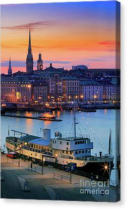 Slussen By Night Canvas Print by Inge Johnsson