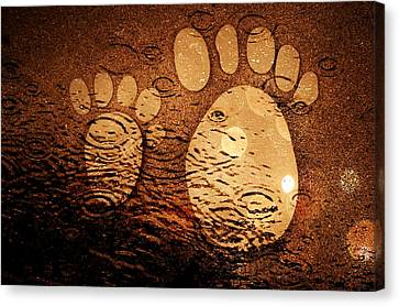 Bokhe Canvas Print - Small Feet And Big Feet 3 by Jean Francois Gil