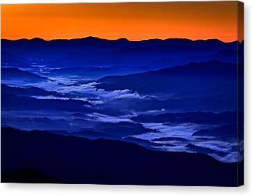 Smokies At Dawn Canvas Print by Rick Berk