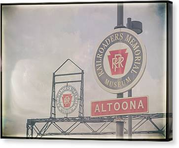 Canvas Print - Foggy Day In Altoona by Eclectic Art Photos