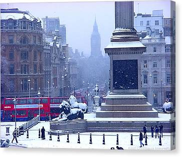 Snowfall Invades London Canvas Print by Christopher Robin