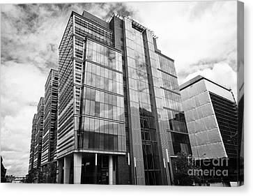 snowhill office development in new financial area of Birmingham UK Canvas Print by Joe Fox