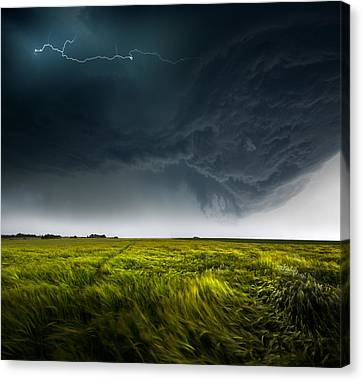 Sommergewitter_01 Canvas Print by Franz Schumacher