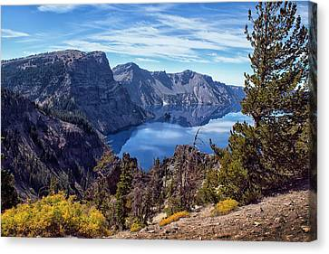 South Rim Of Crater Lake Canvas Print by Frank Wilson