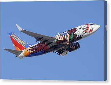 Southwest 737 Illinois One At Phoenix Sky Harbor December 2 2010 Canvas Print by Brian Lockett