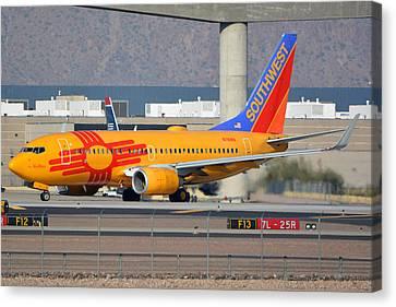 Southwest Boeing 737-7h4 N781wn New Mexico Phoenix Sky Harbor January 17 2016 Canvas Print by Brian Lockett