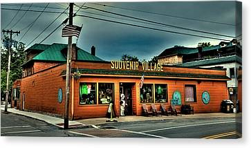 Souvenir Village In Old Forge Ny Canvas Print by David Patterson