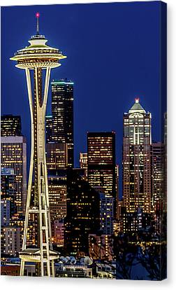 Space Needle And Skyline At Dusk Canvas Print by Rob Green