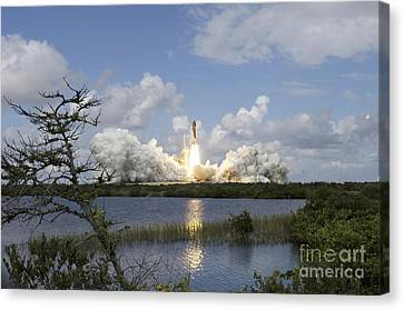 Space Shuttle Discovery Liftoff Canvas Print by Stocktrek Images