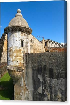 Spanish Sentry Post Of San Cristobal Fort San Juan Puerto Rico Canvas Print by George Oze