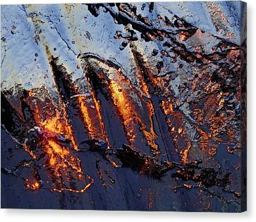 Canvas Print featuring the photograph Spiking by Sami Tiainen