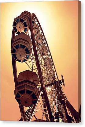 Spinning Like A Ferris Wheel Canvas Print by Glenn McCarthy Art and Photography